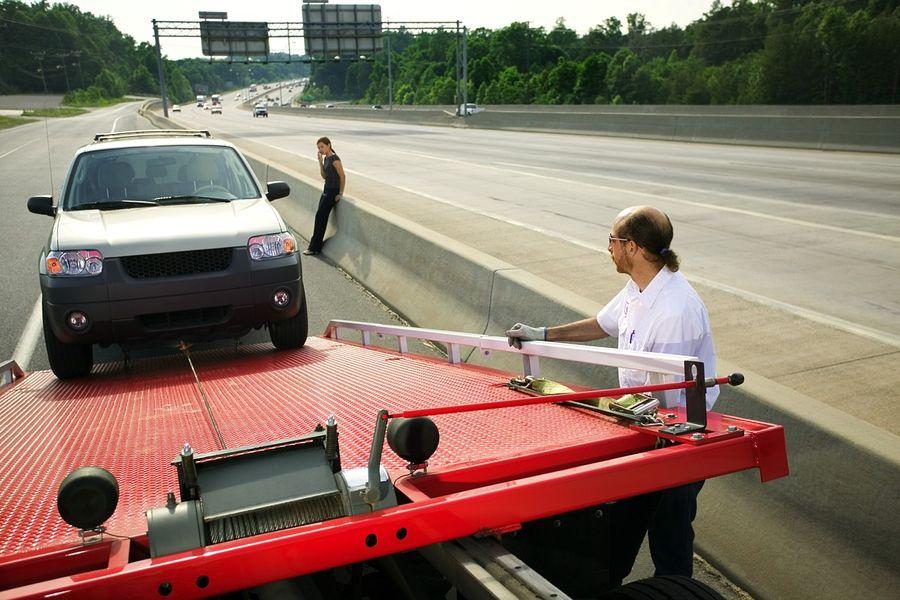 Awaria pojazdu na autostradzie i kompleksowy serwis samochodowy