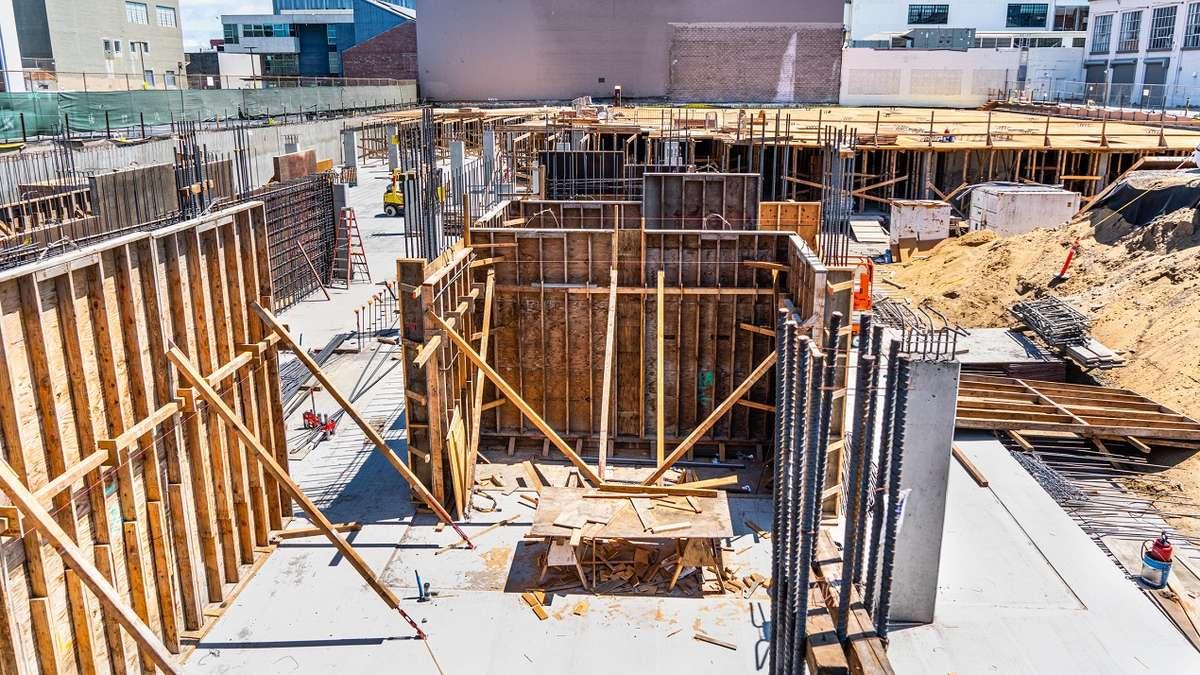 Kto odpowiada za zabezpieczanie nowo powstających budynków przed skutkami eksploatacji górniczej?