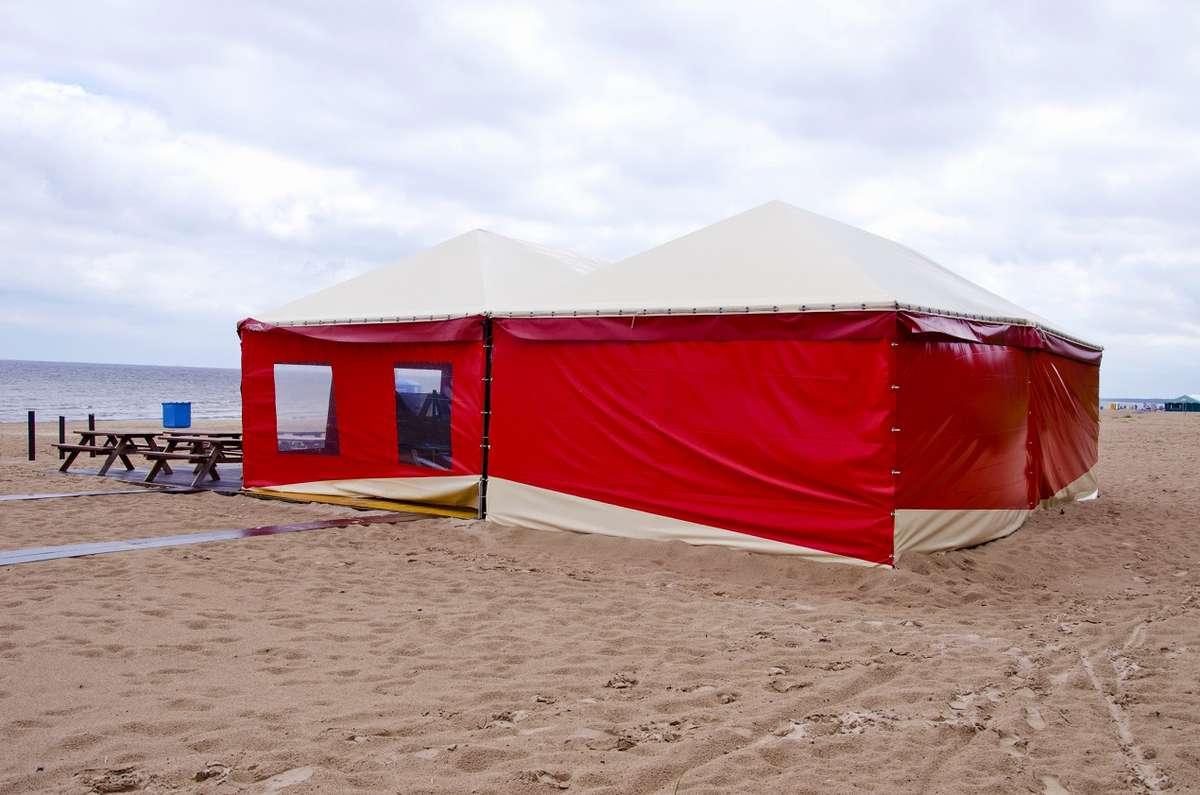 Organizacja baru w namiocie halowym, czyli świetny pomysł na lato