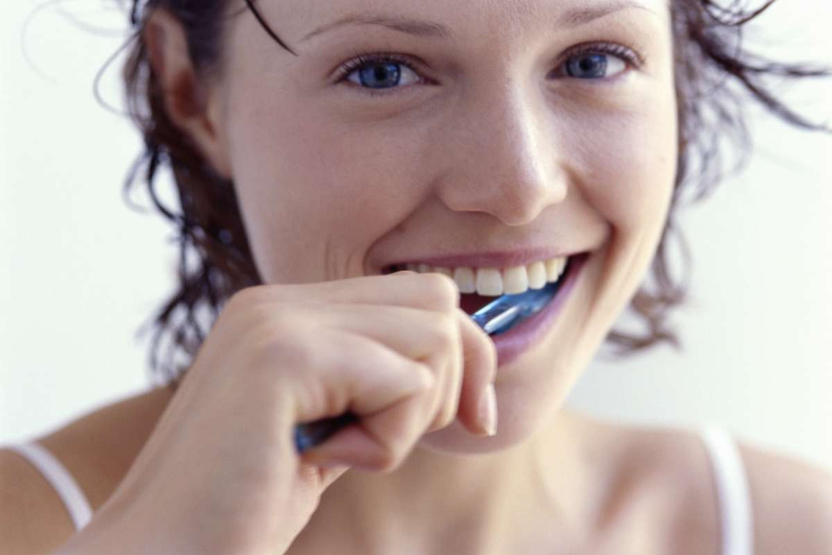 Zasady prawidłowego mycia zębów
